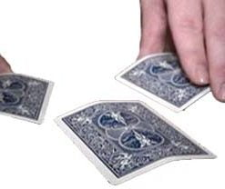 Uckagit Oyunu (sihirci)